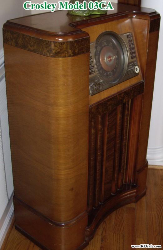 Crosley 03ca Floor Console Radio For
