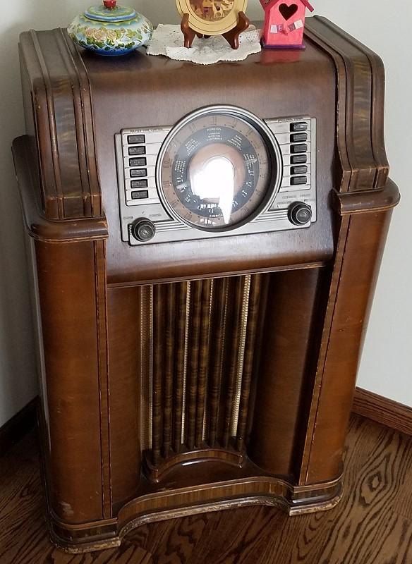 Crosley 03cb Floor Console Radio Photos